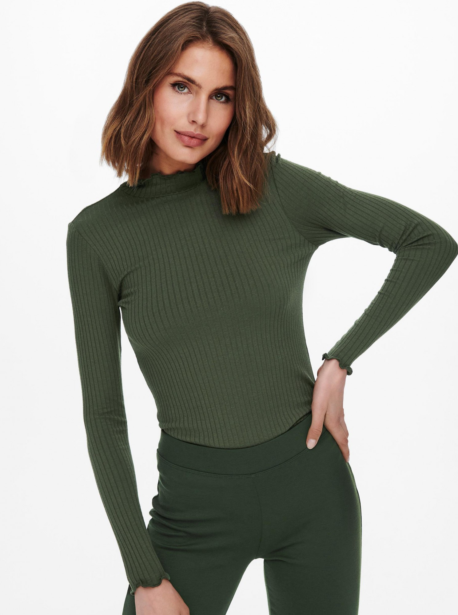 Jacqueline de Yong zielony koszulka Fransiska z golfem