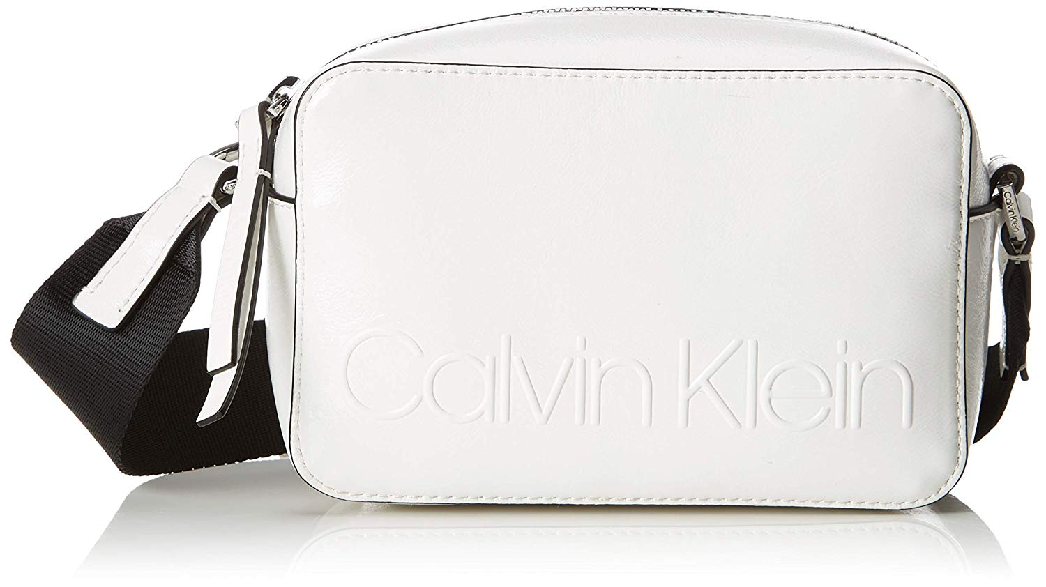 Calvin Klein biała torebka Edged Camera Bag Bright White