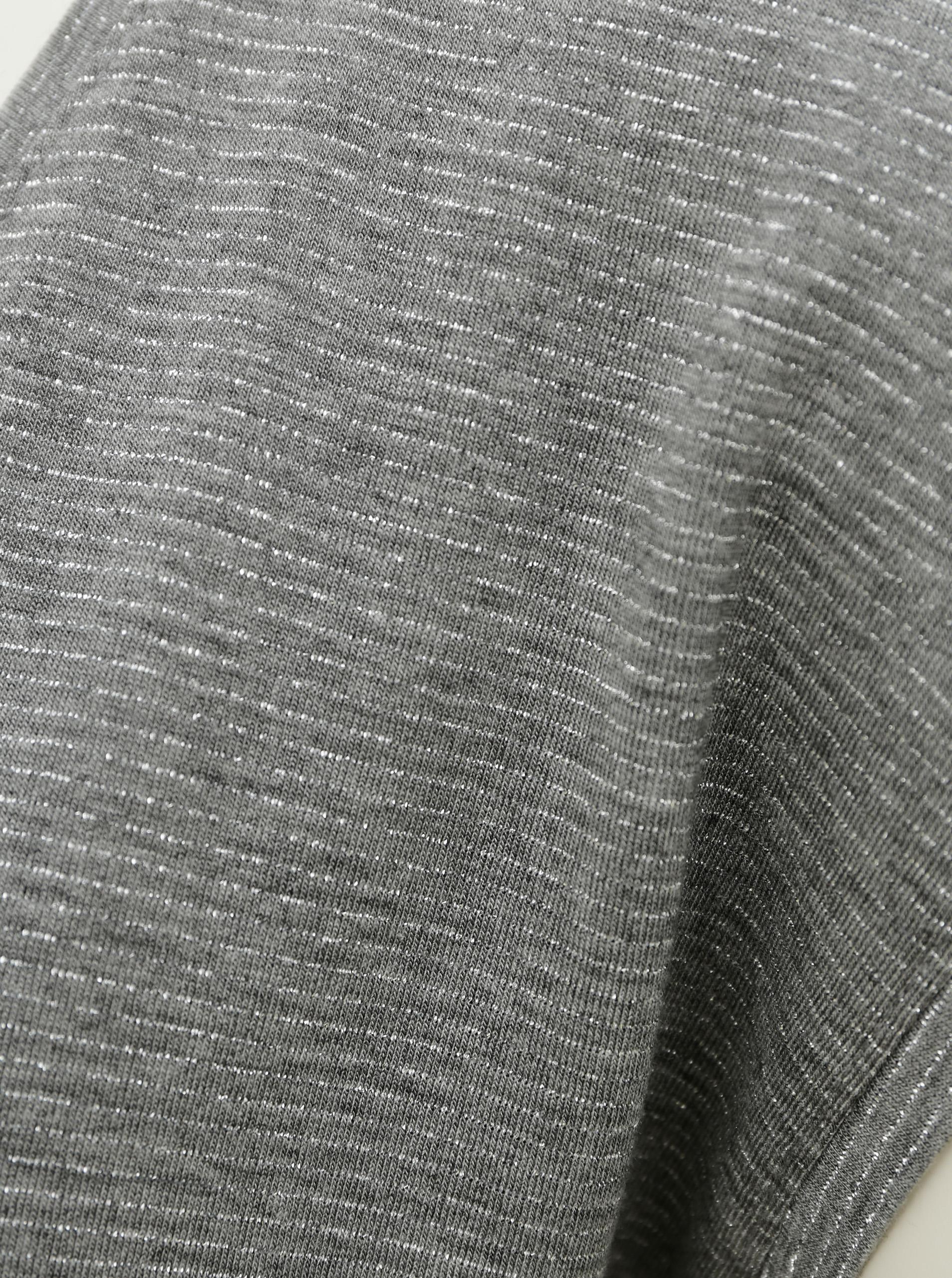 Szara koszulka z metalicznymi włóknami Kawałki