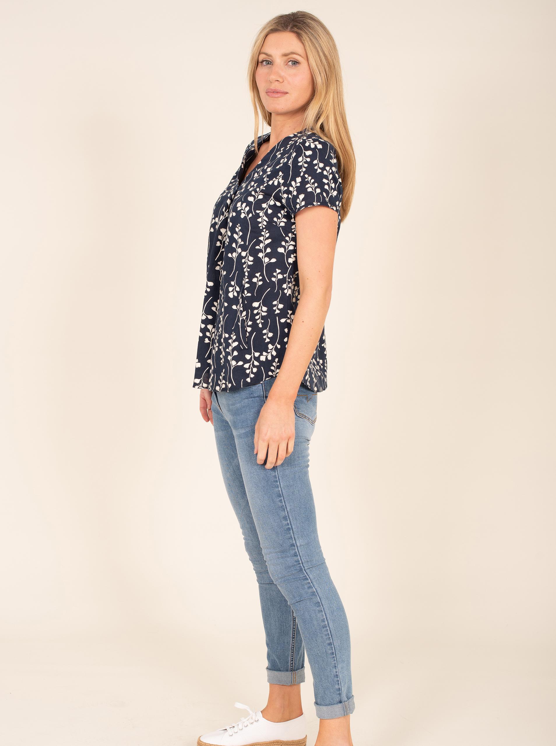Brakeburn niebieski bluzka z motywem kwiecistym